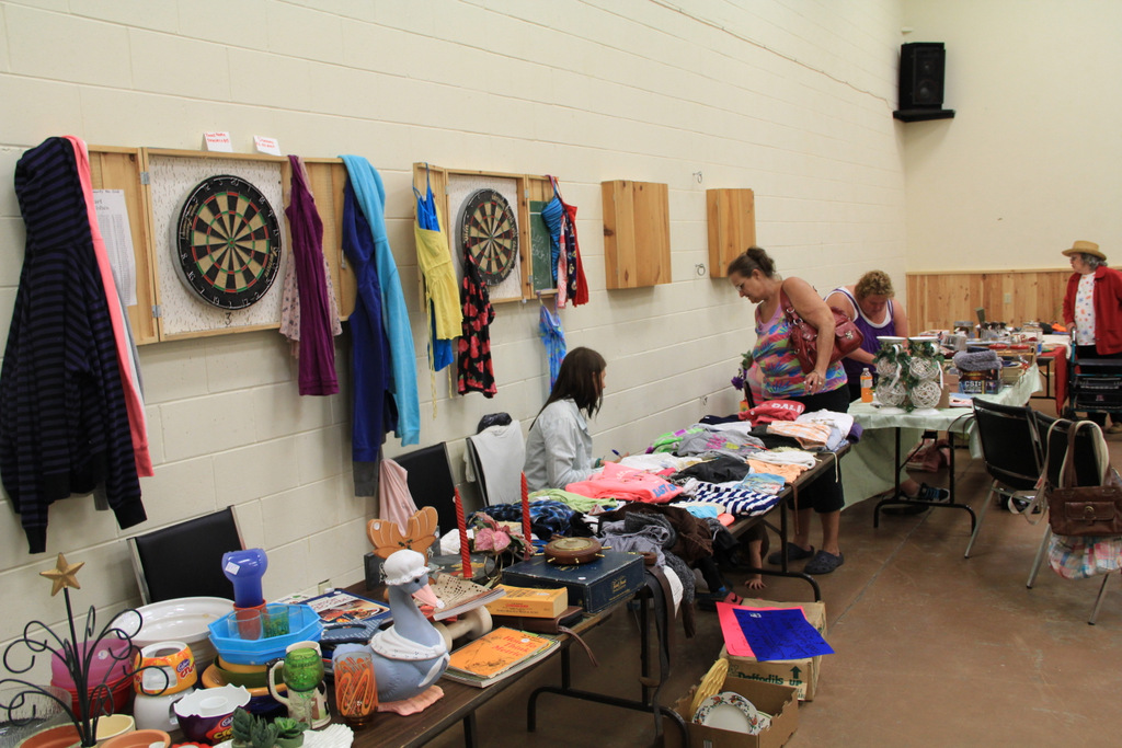 Searchmont Community Center - Vendors Table